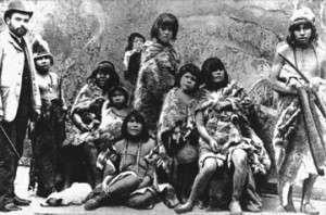 grupo de Indígenas Fueguinos